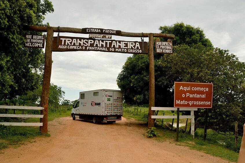 Viagem de carro na Rota do Pantanal