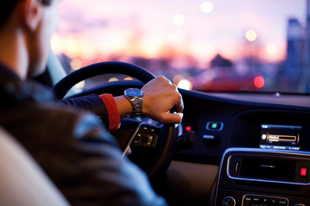 posição correta para dirigir